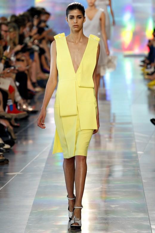 London Fashion Week Christopher Kane Spring Summer 2013 gle jurk met opgevouwen flappen