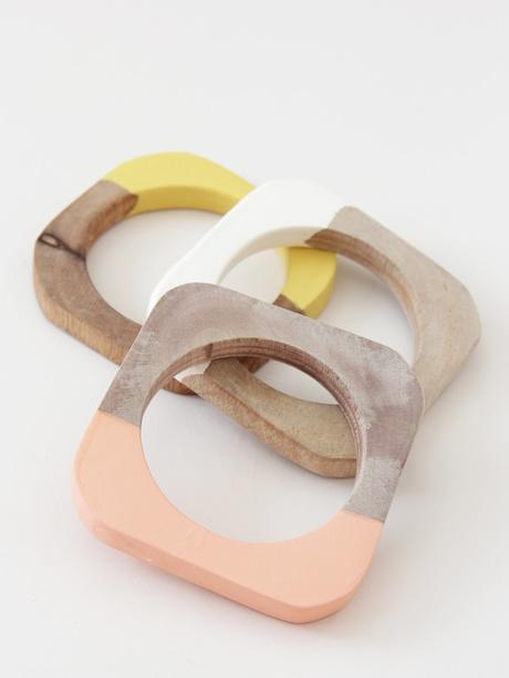 Cold Picnic houten armbanden met pastelkleurige dip dye