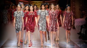 dolce-and-gabbana-fall-winter-2016-17-women-fashion-show-video-1600x900